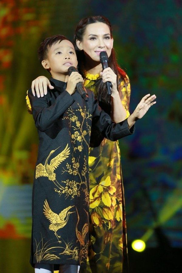 Phi Nhung từng ủng hộ việc Hồ Văn Cường không muốn chạy show-5