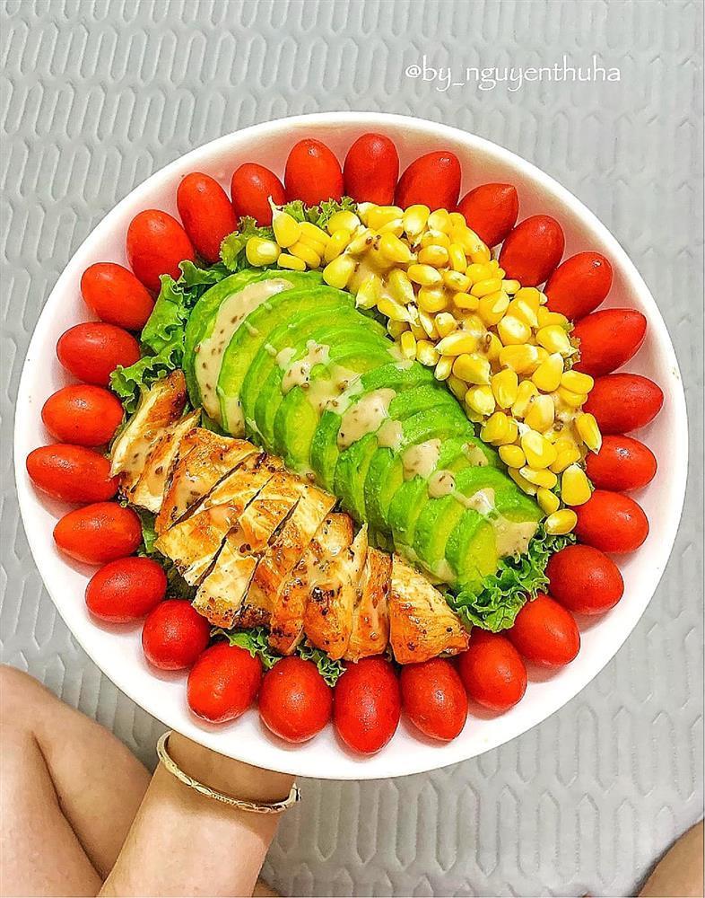 Gái xinh chia sẻ loạt đĩa salad thanh mát cho mùa hè, hội chị em rần rần vào xin bí kíp-4