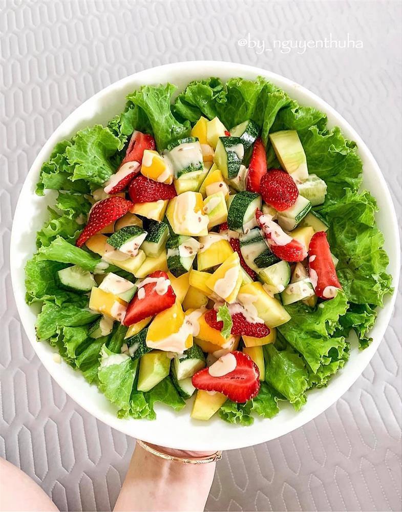 Gái xinh chia sẻ loạt đĩa salad thanh mát cho mùa hè, hội chị em rần rần vào xin bí kíp-8