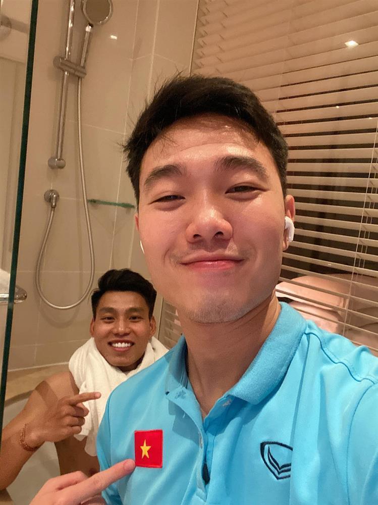 Lóa mắt trước nơi ăn chốn ở của tuyển Việt Nam tại Dubai-9