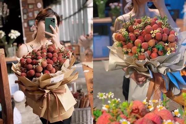 Cặp đôi Lục Ngạn chơi trội với xe hoa được làm từ đặc sản cây nhà lá vườn-2