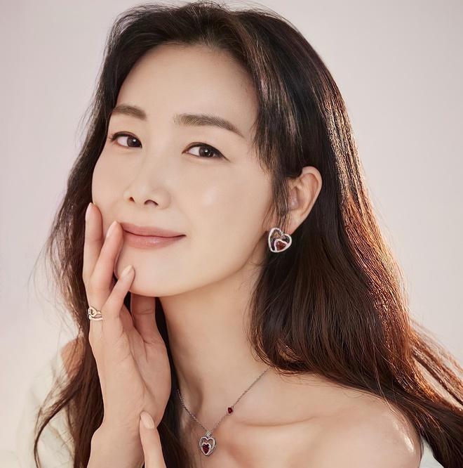 Chồng Choi Ji Woo vướng tin ngoại tình-1