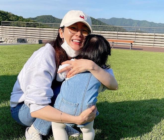 Chồng Choi Ji Woo vướng tin ngoại tình-2
