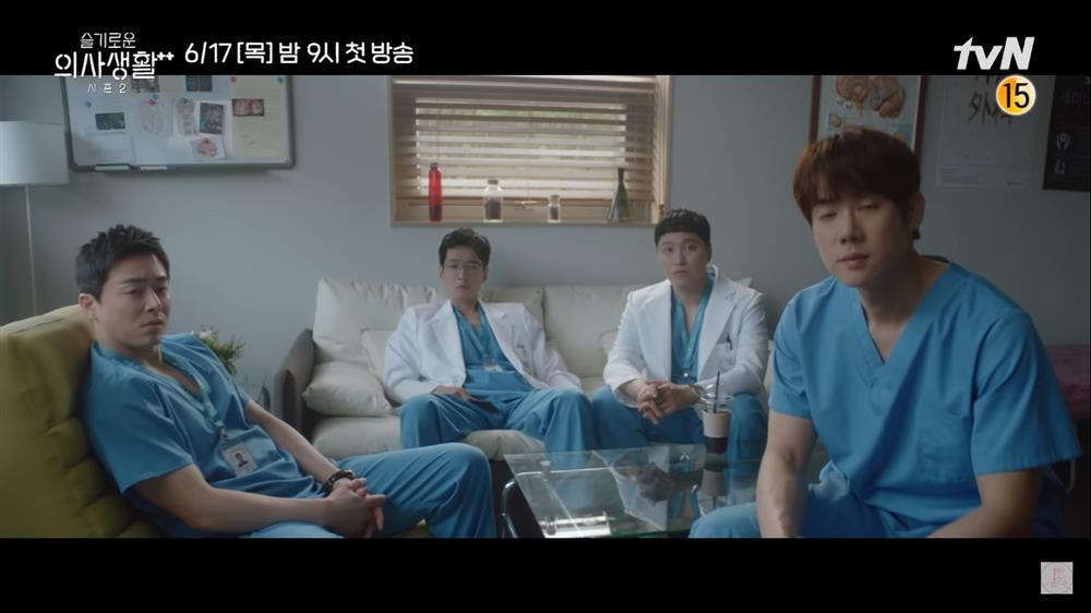 Hospital Playlist 2: Song Hwa từ chối lời tỏ tình Ik Jun, F4 có người kết hôn?-2