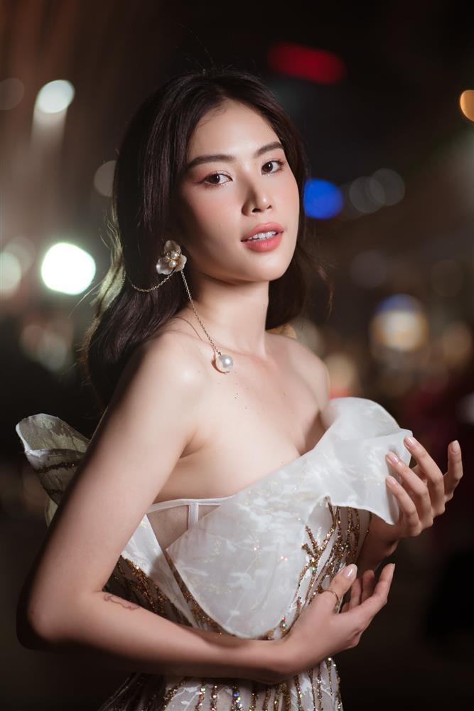 Cô Kỳ Nhông Nam Anh trong Hương Vị Tình Thân: Diễn lố nhưng thời trang bao chảnh-15