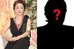'Anh không tóc, chị trọc đầu' trong livestream tối nay của bà Phương Hằng là ai?