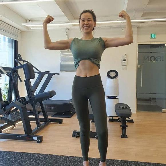 Hoa hậu đẹp nhất Hàn Quốc Honey Lee cũng có ngày lộ dấu hiệu lão hóa-5