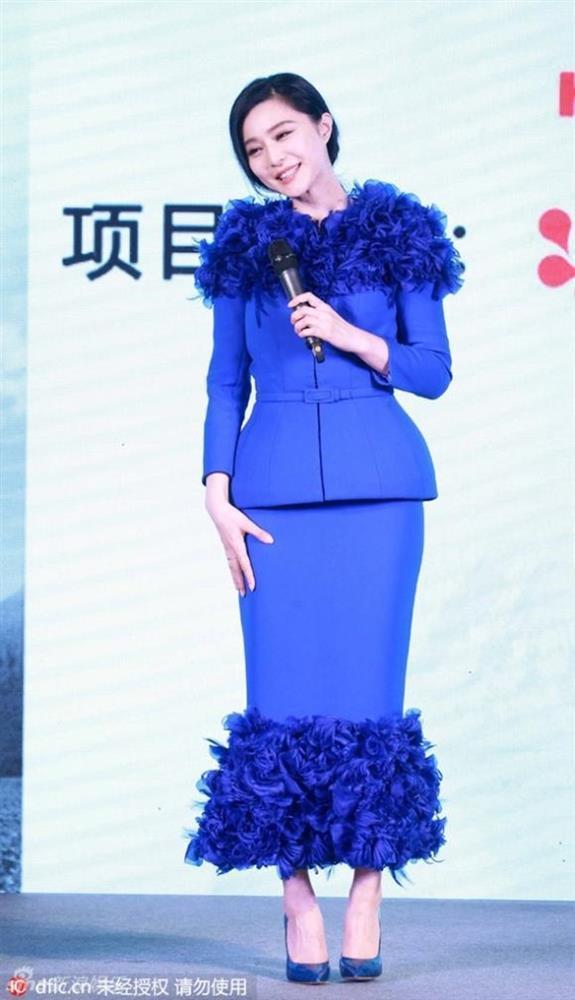 Từng là biểu tượng thời trang nhưng không ít lần Phạm Băng Băng mặc xấu-10