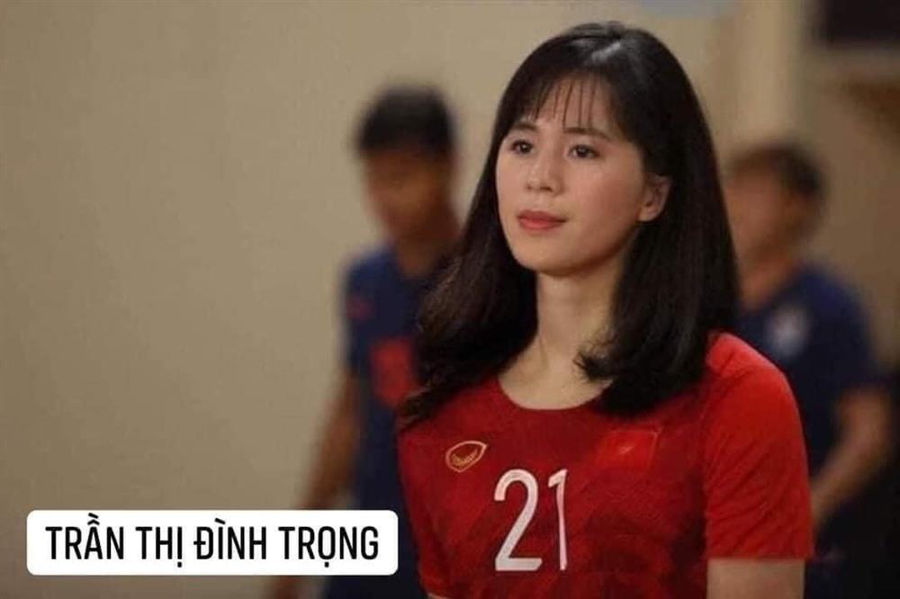 Trước trận gặp Malaysia, tuyển Việt Nam chuyển giới xinh như mộng-5