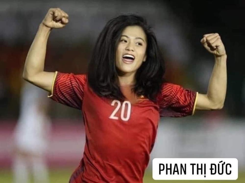 Trước trận gặp Malaysia, tuyển Việt Nam chuyển giới xinh như mộng-10
