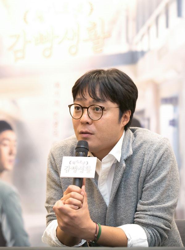Đạo diễn Hospital Playlist tham vọng mời Jin hoặc V BTS cho dự án tới-1