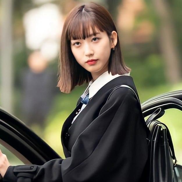 Penthouse 3: Ha Eun Buyl tạo hình mới siêu phèn, Seok Kyung bỏ mẹ về với dượng Tê-3