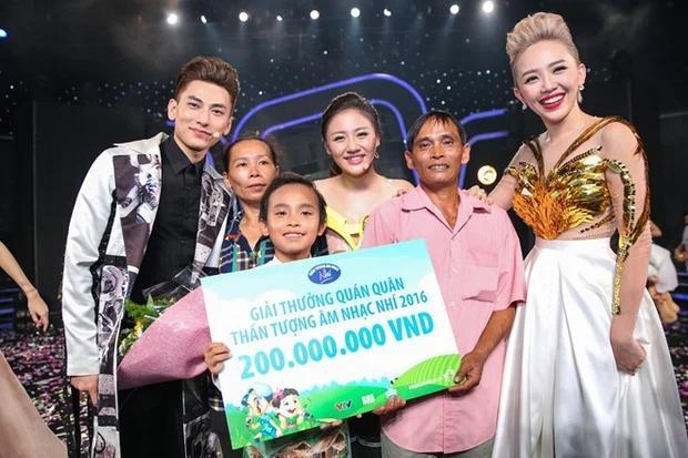 Phi Nhung nói lý do giữ 200 triệu tiền thưởng của Hồ Văn Cường, netizen chỉ ra điểm vô lý-1