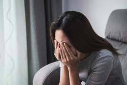 Mẹ chồng còn dư một căn nhà nhưng không cho con trai ra ở riêng và lý do ngã ngửa