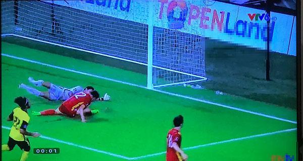 Fans Việt gọi tên Tiến Linh vì pha đánh đầu đẳng cấp thủng lưới Malaysia-1