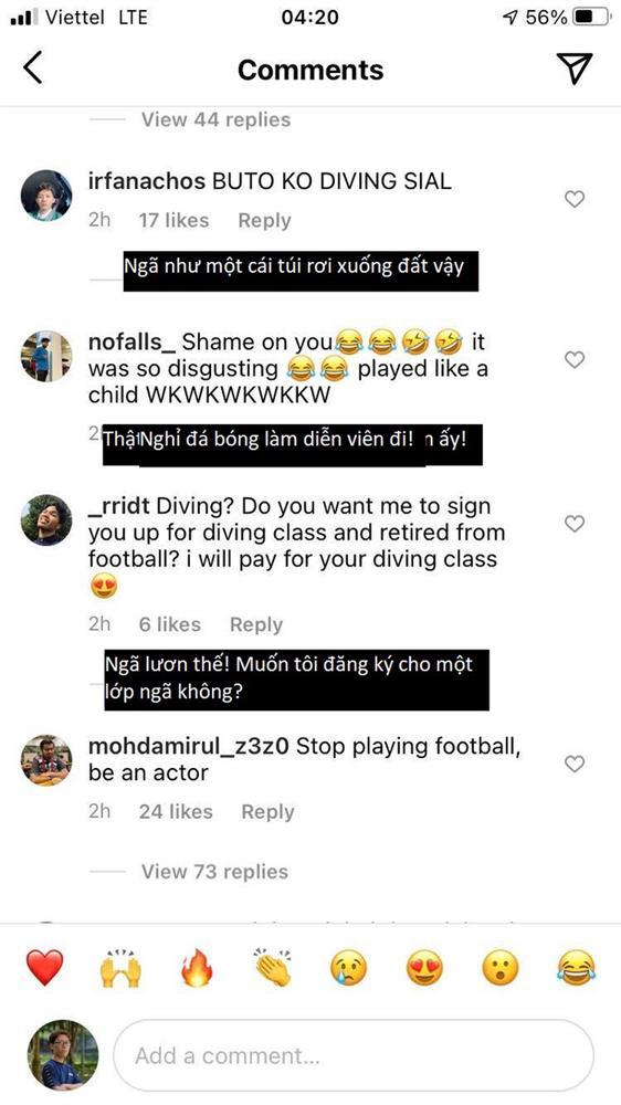 Fans tìm điểm giống chí mạng cú ngã Văn Toàn, Công Phượng trận gặp Malaysia, UAE-4