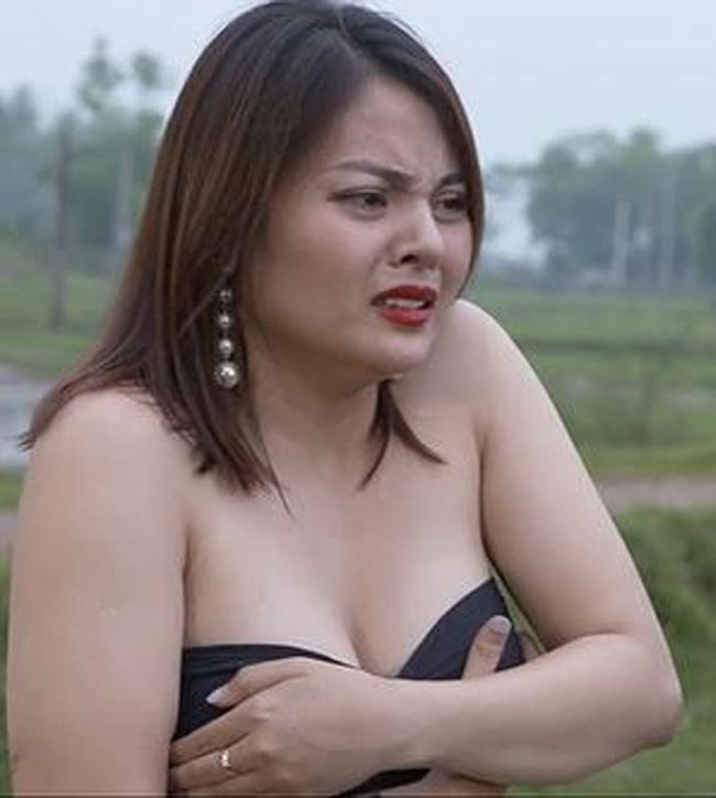 Cuộc sống dàn hotgirl gây tranh cãi vì cảnh nhạy cảm trên phim hài-1