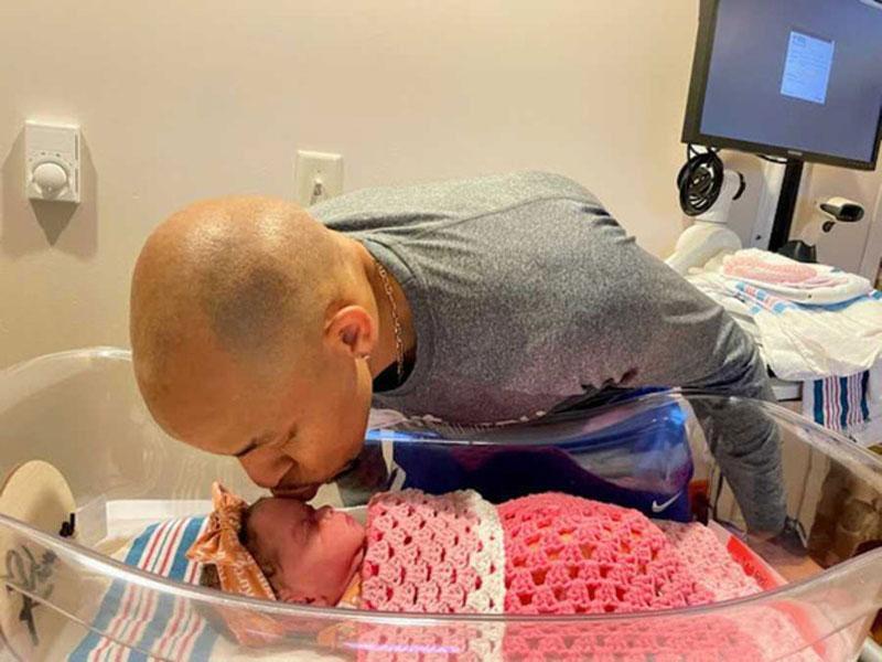 Chồng mới giúp vợ sinh con từ tinh trùng của chồng cũ đã mất-3