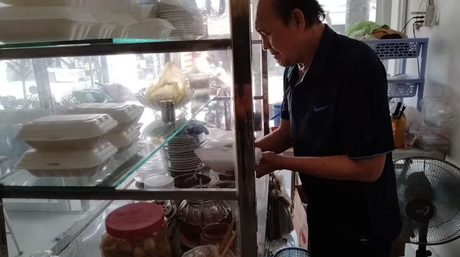 Duy Phương bị chỉ trích xin xỏ, con cái và Lê Giang nhận gạch đá vì không nuôi bố-5