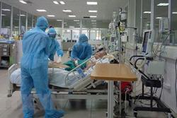 NÓNG: 3 nhân viên nghi mắc Covid-19, BV Bệnh Nhiệt đới TP.HCM lập tức phong tỏa