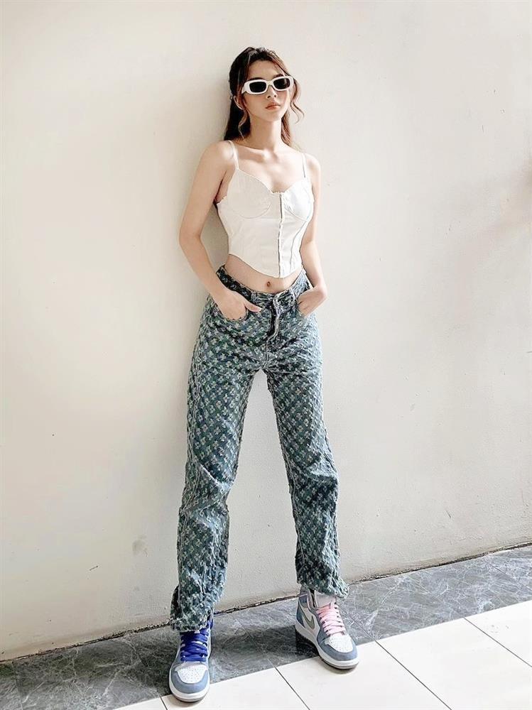 Thiều Bảo Trâm không mặc quần - Đồng Ánh Quỳnh chất phát ngất-10