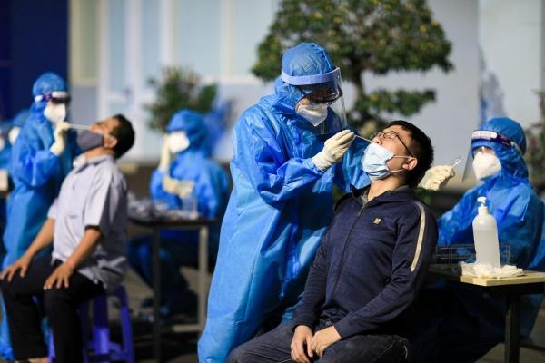 22 nhân viên mắc Covid-19 là tiếng chuông cảnh báo tất cả cơ sở y tế'