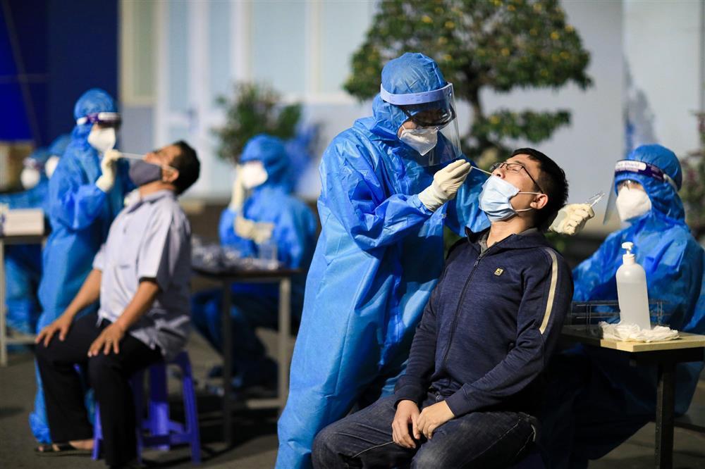 22 nhân viên mắc Covid-19 là tiếng chuông cảnh báo tất cả cơ sở y tế-1