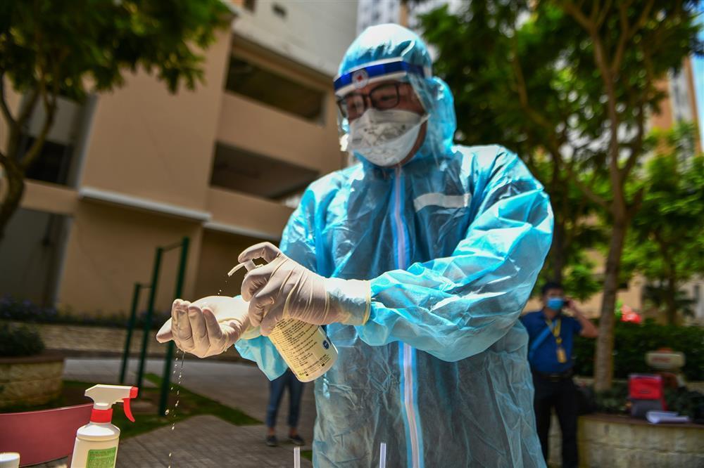 22 nhân viên mắc Covid-19 là tiếng chuông cảnh báo tất cả cơ sở y tế-2