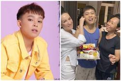 Thái độ lạ của Hồ Văn Cường khi hôn mẹ ruột và mẹ nuôi Phi Nhung