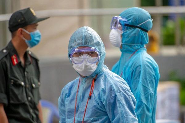 53 nhân viên Bệnh viện Bệnh nhiệt đới TP.HCM mắc Covid-19-1