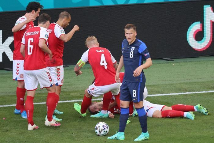 Chia sẻ đầu tiên của cầu thủ Đan Mạch khi trở về từ cõi chết-1