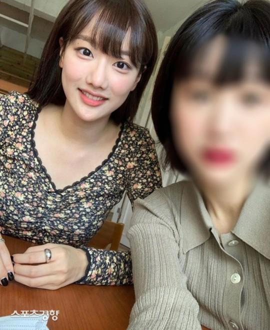 Chị ruột Naeun April định tẩy trắng cho em nhưng lại lộ bằng chứng bắt nạt-2