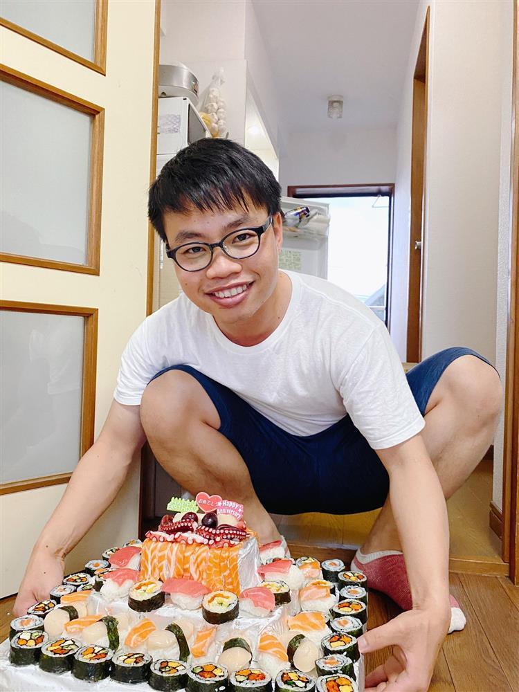 9X mất ngủ làm bánh sinh nhật tặng chồng, thành phẩm có 1-0-2 khiến ai cũng ngưỡng mộ-4