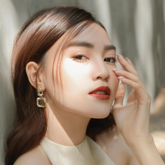 Ninh Dương Lan Ngọc makeup giống Song Hye Kyo nhưng lại khiến fan tá hỏa-5