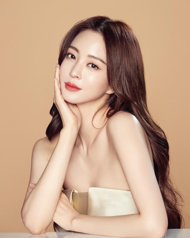 Han Ye Seul bị cáo buộc từng làm trong cơ sở giải trí người lớn-3