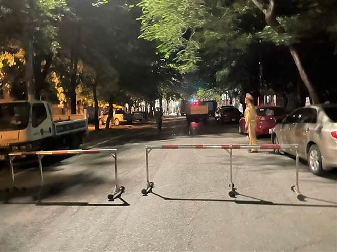 NÓNG: Đang xem Euro có tiếng nổ lớn, phòng trà cháy dữ dội, 6 người chết-10