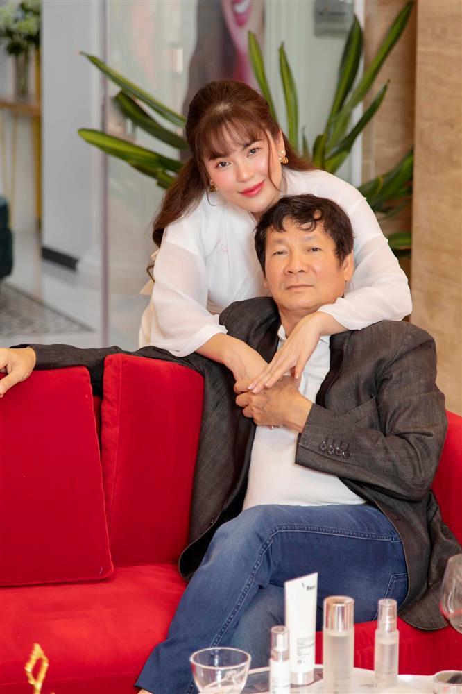 Hoa hậu viết status hàng ngày đòi quyền lợi cho Hồ Văn Cường là ai?-4