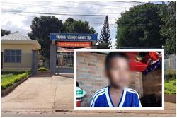 Cậu học trò nghèo không có tiền nộp quỹ bị trường giữ học bạ