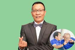 Nhà báo Lại Văn Sâm viết thơ ghi lời dặn thầy Park với trợ lý Lee trước trận gặp UAE