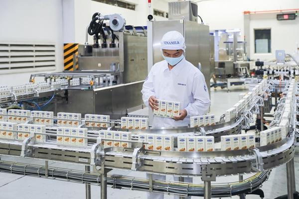 Vinamilk 9 năm liên tiếp vào Top 50 doanh nghiệp niêm yết tốt nhất Việt Nam-1
