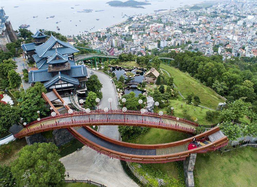 Du lịch Quảng Ninh, điều gì tạo nên sức hút bốn mùa?-1