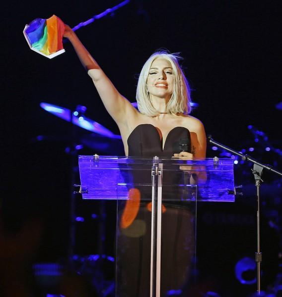 Những câu nói bất hủ truyền cảm hứng cho cộng đồng LGBTQ+ của Lady Gaga-3