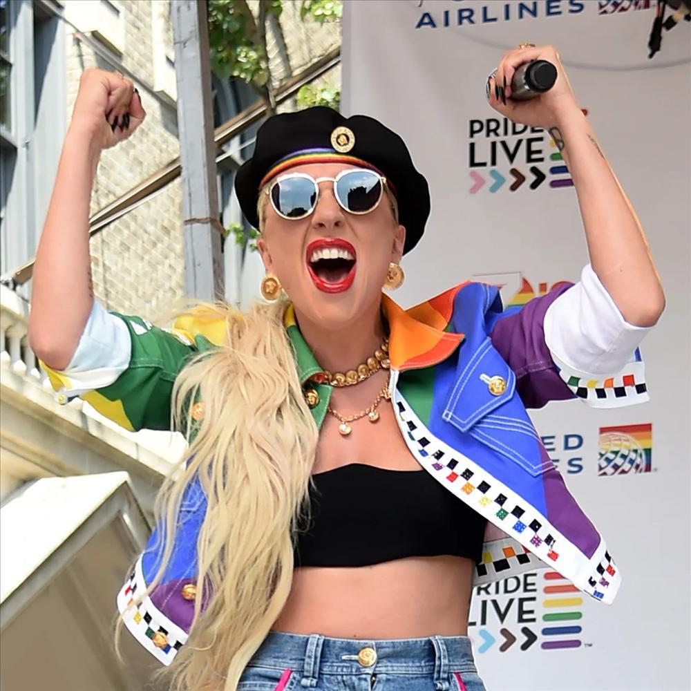 Những câu nói bất hủ truyền cảm hứng cho cộng đồng LGBTQ+ của Lady Gaga-4