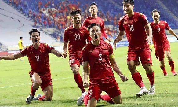 UAE có ghi 100 bàn, Việt Nam vẫn hiên ngang đi tiếp-1