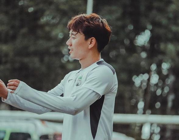 Cầu thủ Minh Vương phá lưới UAE: Visual đỉnh chóp như idol Hàn Quốc-8