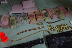 Con dâu trộm 20 nhẫn vàng của bố chồng