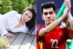 Quỳnh Thư giải thích lằng nhằng chuyện Tiến Linh: 'Tóm lại yêu hay không?'