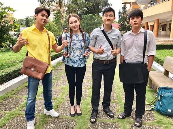 Quỳnh Thư: Từ bạn thân Ngọc Trinh đến tình tin đồn Tiến Linh-6