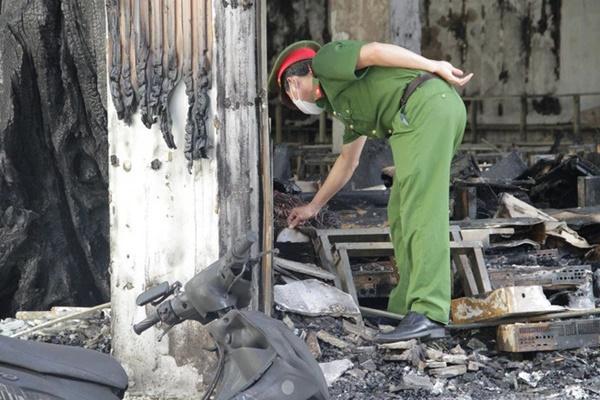 Liên tiếp những vụ cháy thảm khốc khiến 18 người trong 4 gia đình tử vong-1