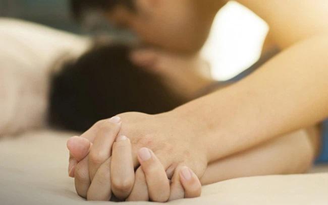 Chỉ vì nói ra những điều này sau cuộc yêu mà cô vợ nhận trái đắng từ chồng-2